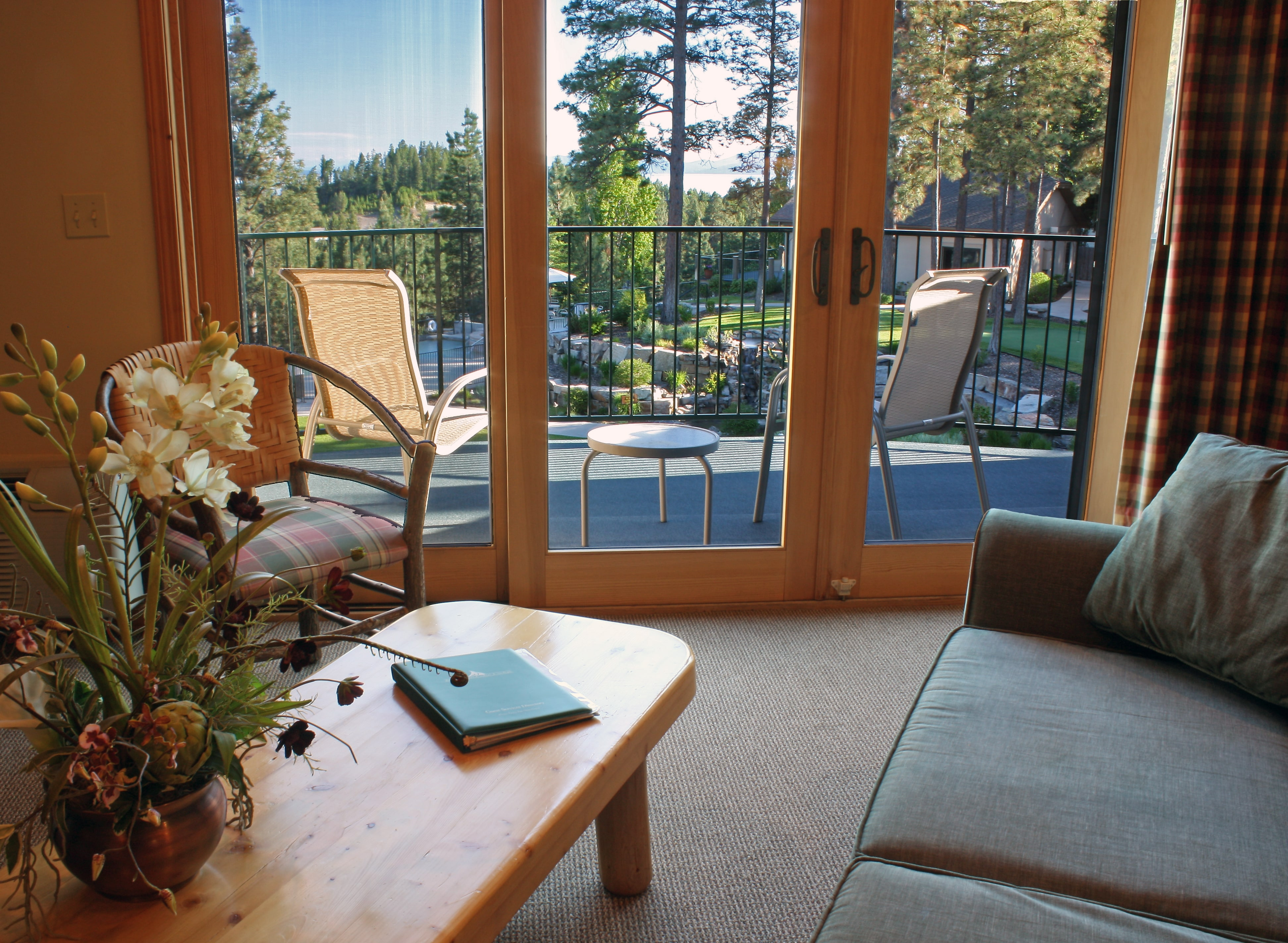 Mountain Lake Lodge - The Flathead Valley's Best Kept Secret